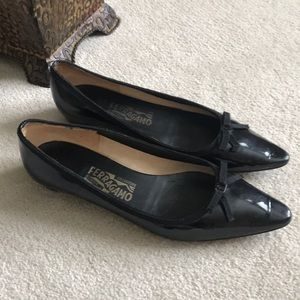 Black patent leather Ferragamo flats